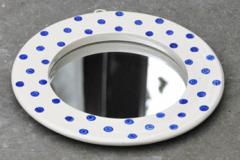 Polka-dot-mirror